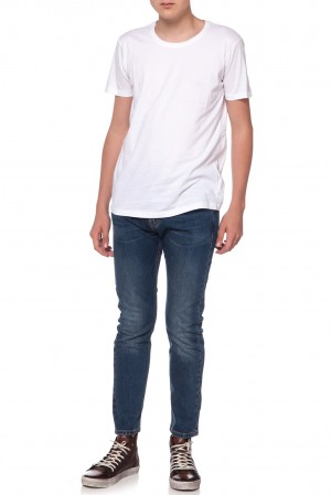 REMERA SKINNY FIT ESCOTE REDONDO